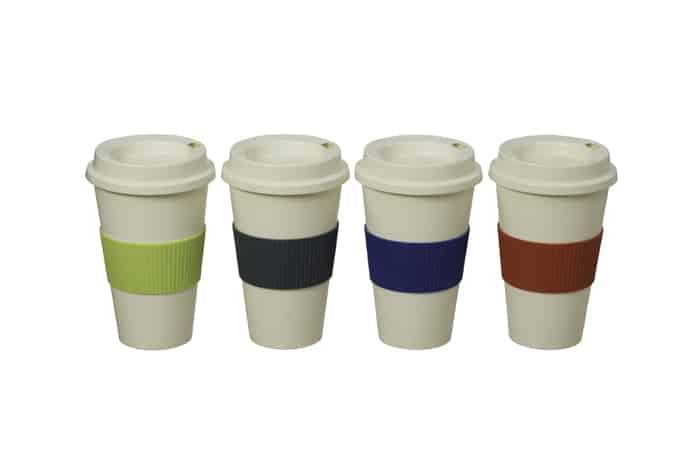 כוס פלסטיק עם מכסה וחבק סיליקון